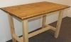 Stůl z masivu s trnoží